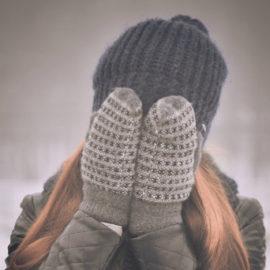 Žena se zakrytou tváří